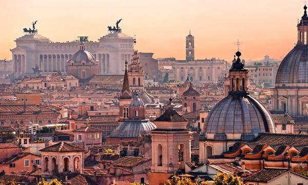 lėktuvo bilietai į Romą