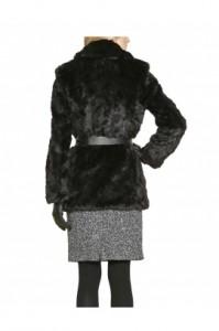 juodi-kailinukai-paltai